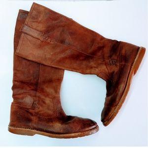 Frye Boots Woman's Size 9